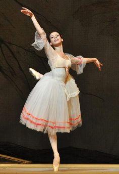 Daria Khokhlova in Giselle. Bolshoi Ballet at The Royal Opera...