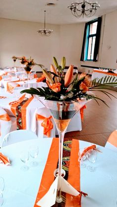 Anet Bezuidenhoudt S African Wedding Decor Table Settings Photo – Wedding Beauty African Party Theme, African Wedding Theme, Table Centerpieces, Wedding Centerpieces, Wedding Table, Table Decorations, Traditional Wedding Decor, African Traditional Wedding, Table Setting Photos
