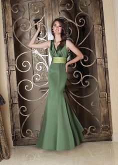 This is another beautiful satin mermaid - elegant and so flattering. We're asked so often for straps. This dress has everything!