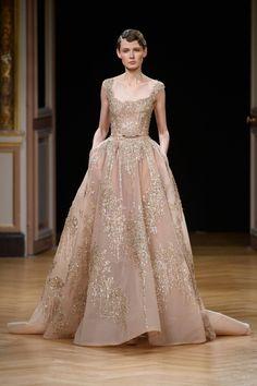 Défilé Ziad Nakad Automne-hiver 2016-2017 Haute couture | Le Figaro Madame