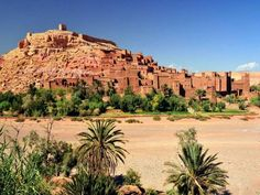 Google Image Result for http://media1.voyages.woopic.com/medias/images/reportages/600x450/Ouarzazate-Maroc-Soleil-Hiver-decalage-horaire-thumb-940x705-25580-600x450.jpg