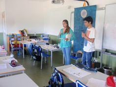 Apresentação dos alunos do 12º ano,  Ana Matilde Pereira e André Nunes,  à turma do 2º e 4º anos, da professora Maria Odete Silva.