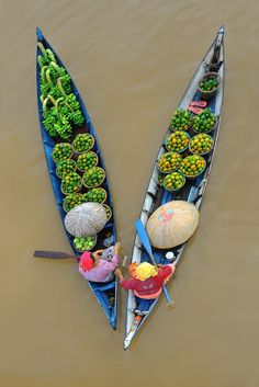 Marché flottant à Banjarmasin en Indonésie #Voyage #Paysage