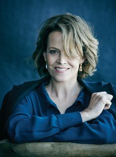 teens-sigourney-weaver-gallery-boobs-party-dresses-amature