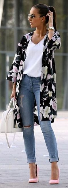 #spring #street #style #outfit #ideas |Floral Duster + Basics + Pink Heels