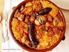 Cocina – Recetas y Consejos Cuban Recipes, Rice Recipes, Meat Recipes, Rice Dishes, Food Dishes, Oven Baked Rice, Colombian Cuisine, Quinoa, Sweet Potato Bread