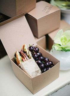 This adorable boxed #lunch is both delicious + practical for an awesome #camping or daytime #adventure!