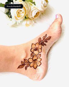 Leg Henna Designs, Modern Henna Designs, Floral Henna Designs, Henna Tattoo Designs Simple, Legs Mehndi Design, Latest Bridal Mehndi Designs, Mehndi Designs For Girls, Mehndi Designs For Beginners, Mehndi Design Photos