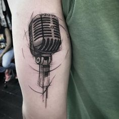 Sketch style mic by Johandry Businesz