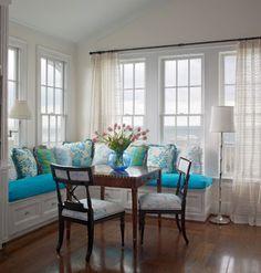 Amo esse estilo de casa da vovó que estes ambientes de imóveis americanos possuem. #GabrielarezendeBroker