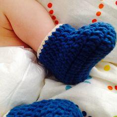 Crochet baby booties by MESH CROCHET Crochet Baby Booties, Crochet Necklace, Mesh, Booty, Babies, Fashion, Moda, Swag, Babys