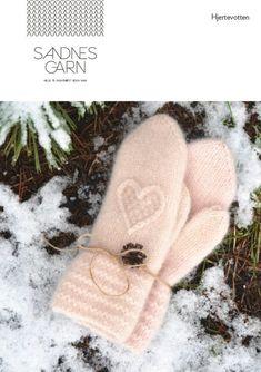 901-hjertevotten_2 Knitted Mittens Pattern, Knit Mittens, Knitted Gloves, Knitting Patterns, Knitting Projects, Baby Knitting, Wool Felt, Knit Crochet, Winter Hats