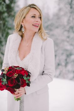 Winter bride perfection: http://www.stylemepretty.com/canada-weddings/british-columbia/2015/02/19/romantic-winter-wedding/ | Photography: Elle&R - http://elleandr.com/