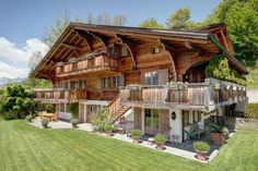 Gstaad, Switzerland Cabin Homes, Log Homes, Montana Homes, Swiss Chalet, Stone Houses, Residential Architecture, Gstaad Switzerland, House Plans, Cottage