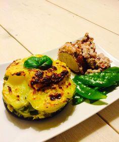 Meine Sattmacher: Sattmacher Schweinefilet mit Zwiebel-Senfkruste und Kartoffelgratin
