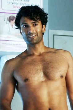 I was in an NYU theater program with Sendhil. He has always been totally delicious!! Sendhil Ramamurthy!!!