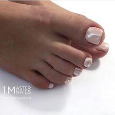 How to easily remove the semi-permanent nail polish? - My Nails Gel Toe Nails, My Nails, Toe Nail Designs, Pedicure Designs, Pedicure Ideas, Pretty Toe Nails, Cute Nails, Toe Nail Color, Nail Colors