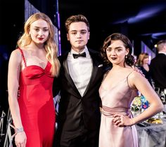Sophie, Maisie and Dean-Charles (Tommen) at the SAG Awards