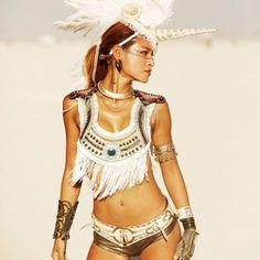 40 photos des filles les plus stylées aperçues au Burning Man Festival