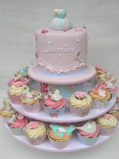 Cake Wrecks - Pretty small cake with matching cupcakes Pretty Cakes, Cute Cakes, Beautiful Cakes, Amazing Cakes, Bird Cakes, Cupcake Cakes, Pasteles Shabby Chic, Bolo Laura, Christening Cupcakes