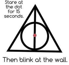 Harry Potter One of the best optical illusion. - Harry Potter One of the best optical illusion. Illusions Mind, Funny Illusions, Cool Optical Illusions, Art Optical, Harry Potter Jokes, Harry Potter Fandom, Harry Potter World, Funny Mind Tricks, Potter Facts
