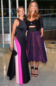 #MILLYMOMENT X2: MICHELLE SMITH & HANNAH DAVIS AT CFDA AWARDSMAJOR #MILLYMOMENT ALERT. Fashion's version of the Oscars - ie. the CFDA Awards - took the big apple by storm last night with the fashion world's best and boldest displaying their finest threads at the iconic Alice Tully Hall at Lincoln Centre.Front and centre amongst the style mavens we spotted our favorite smokin' hot SI Swimsuit covergirl, Hannah Davis, accompanying our very own MILLY founder and designer, Michelle Smith (so...