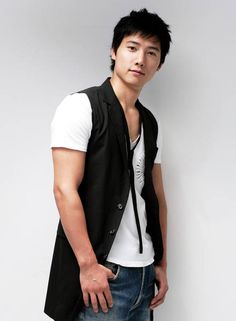 By FT. Art: [Profil] Lee Sang Woo