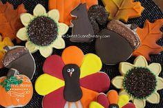 Fall Cookies, Thanksgiving Cookies, Turkey Cookies, Pumpkin Cookies, Leaf cookies, Acorn Cookies, Sunflower Cookies, www.SweetSceneBakery.com