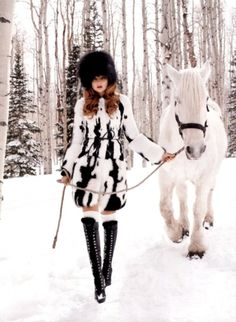 Why not embrace the onset of the cold winter months? Harpers Bazaar surely have with this stunning November 2011 shoot by Terry Richardson. Cool Winter, Winter White, Winter Walk, Snow White, White Fur, Fashion Shoot, Editorial Fashion, Fashion Fashion, Forest Fashion