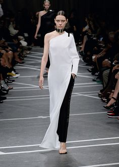 ジバンシィ バイ リカルド ティッシ (Givenchy by Riccardo Tisci) 2013年春夏コレクション Gallery48
