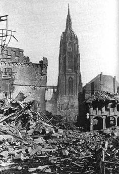 Frankfurt Cathedral surrounded by rubble WW2