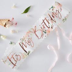Rose Gold Birthday Sash Pink & Rose Gold 'Its my birthday' Sash Birthday Party Birthday Party Props Birthday Sash 21st Birthday Sash, Birthday Roses, Glitter Birthday, Happy Birthday Parties, Happy Birthday Wishes, Birthday Month, Birthday Table, Birthday Ideas, Birthday Celebrations