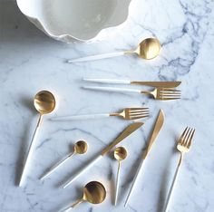 24 Piece Cutlery Sets https://shop.thecoolhunter.net/product/gold-24-piece-cutlery-set/
