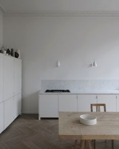 Kitchen of the Week: A Culinary Space Inspired by a Painting - Remodelista