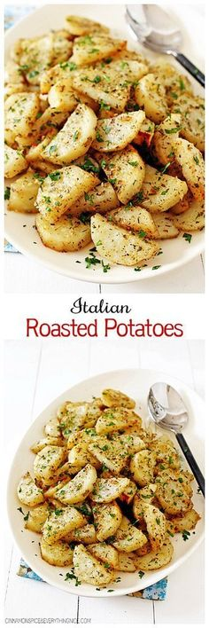 Italian Roasted Garlic Parmesan Potatoes Roasted potatoes smothered in olive oil, garlic, Italian seasonings and Parmesan cheese. They make a great side for meatloaf, chicken or any kind of roast. Potato Dishes, Potato Recipes, Vegetable Recipes, Food Dishes, Batata Potato, Parmesan Bratkartoffeln, Garlic Parmesan Potatoes, Seasoned Potatoes, Baby Potatoes