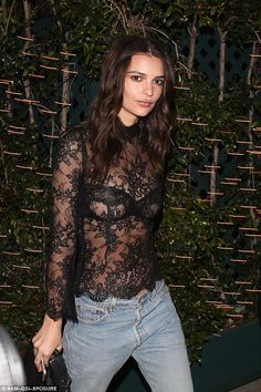 Looking good: Emily Ratajkowski, 25, proved she can nail off-duty chic too as she stepped ...