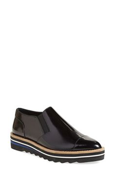 Free shipping and returns on Vince 'Alona' Slip-On Almond Toe Oxford (Women) at Nordstrom.com. Slices of color shoot through the blown-rubber sole of a sleek leather oxford inspired by athletic silhouettes.