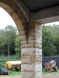 Dry mix concrete, Stephen Taylor Architects  Shatwell-CowShed_DG35-we_300.jpg (300×395)