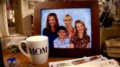 Cast Of Mom, Best Tv Shows, Favorite Tv Shows, Sadie Calvano, Mom Tv Show, Mom Series, Tv Moms, Allison Janney, Anna Faris