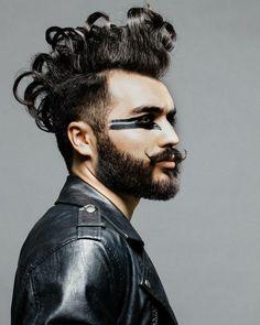 # # Make-up portrait of a man # # cosplay # photos . Rock Makeup, Male Makeup, Men With Makeup, Army Makeup, Kylie Lips, Kylie Lip Kit, Face Paint Makeup, Makeup Art, Maquillaje Halloween