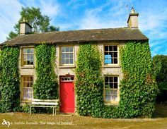 Lovely cottage in County Tipperary    http://www.facebook.com/MagicIreland