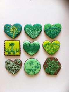 Henna designs in greens by Nataly's Cookies