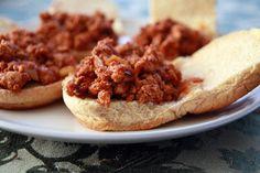"""Lauren's Kitchen: Superbowl Snack Throwdown: Crockpot Sloppy """"Joeys"""""""