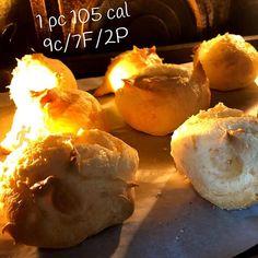 Today we baked Pão de queijo (Brazilian cheese buns). The original recipe is gluten free . #soyummy  Aujourdhui nous avons fait du pão de queijo (des petits pains au fromage brésiliens). La recette originale est sans gluten . #tropbon . #paodequeijo #cheesebuns #glutenfree #sansgluten #brunchideas #brunch #cheese #fromage #breakfastideas #ideespetitdejeuner #pain #bread #breakfast #eeeeats #fromtheoven #baking #four #calories #caloriescounting #flexiblediet #regimeflexible #sundaybakeday… Cheese Buns, Calories, Sans Gluten, Four, Original Recipe, Health Tips, Muffin, Baking, The Originals