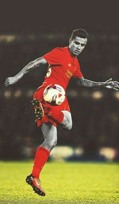 Philippe Coutinho Liverpool FC home soccer jersey. Fc Liverpool, Liverpool Football Club, Football Drills, Football Soccer, Coutinho Wallpaper, Coutinho Liverpool, Football Is Life, Soccer Stars, Football Wallpaper