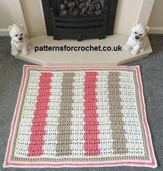 Free crochet pattern for fireside rug http://www.patternsforcrochet.co.uk/fireside-rug-usa.html #patternsforcrochet #freecrochetpatterns