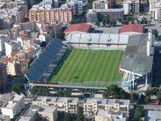 Estadio Pino Zacheria de la ciudad de Foggia y casa del equipo homonimo. Abierto en 1925 puede acomodar 25.000 personas