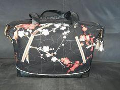 Sac Java noir en simili et coton japonais cousu par Sylvie - Patron Sacôtin