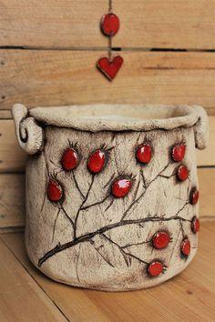 Ceramic Birds, Ceramic Flowers, Ceramic Clay, Ceramic Planters, Pottery Pots, Slab Pottery, Keramik Vase, Concrete Art, Wheel Thrown Pottery