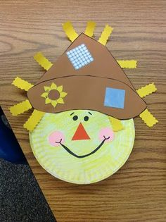 scarecrow paper plate (Pre K Halloween Crafts) Autumn Crafts, Fall Crafts For Kids, Autumn Art, Autumn Theme, Holiday Crafts, Art For Kids, Kids Crafts, Daycare Crafts, Classroom Crafts